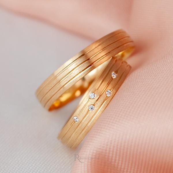 Alianças Ouro 18k 5mm 6 gramas Fosca Constelação