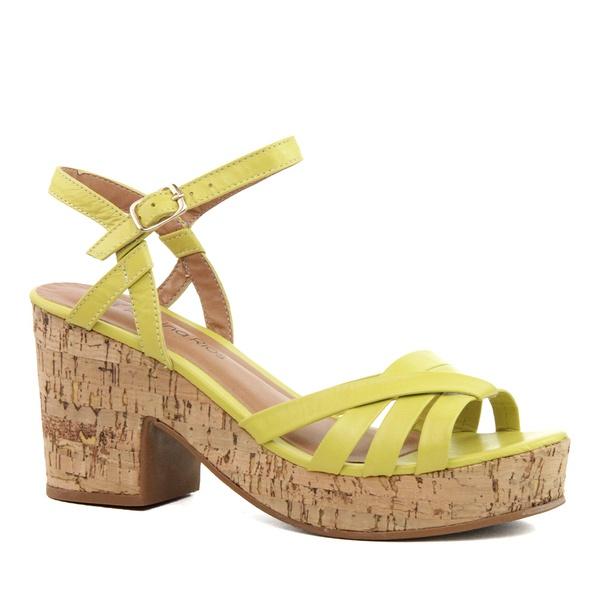 Sandália Plataforma Tiras Couro Amarelo