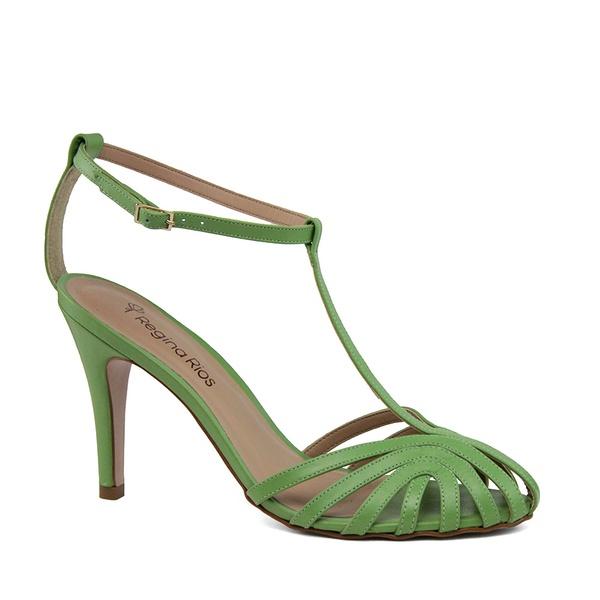 Sandália Fechada com Tiras Verde