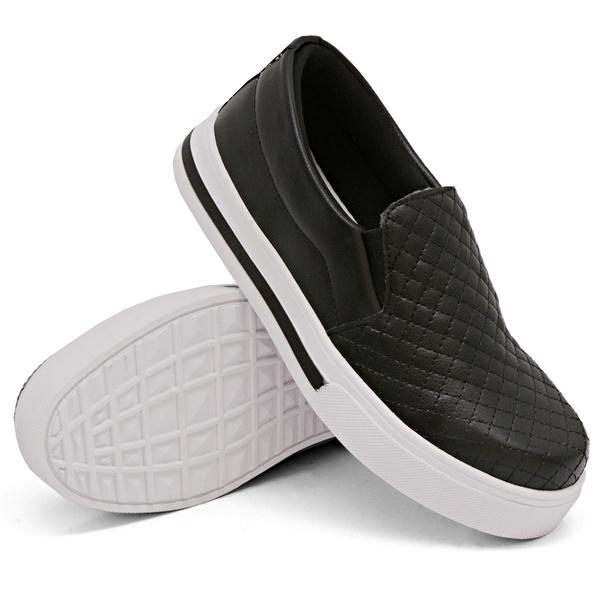 Slip On Matelassê Preto DKShoes
