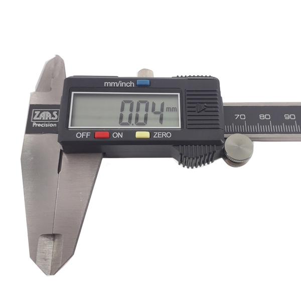 Paquímetro Universal Digital em Aço 200mm 8 polegadas 1,0013 ZAAS