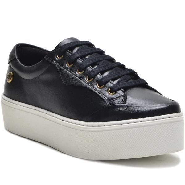 Sapato Slip On em Couro Cadarço Casual Preto