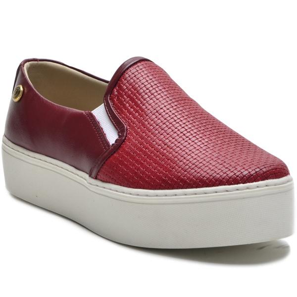 Sapato Slip On em Couro Vermelho Trama Ana Flex