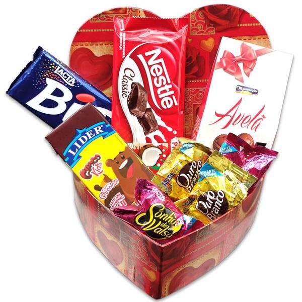 Caixa coração com chocolates
