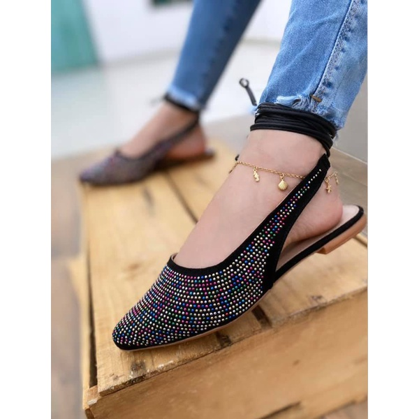 Chanel Preta com Pedras Coloridas