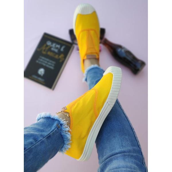 Tênis Amarelo New