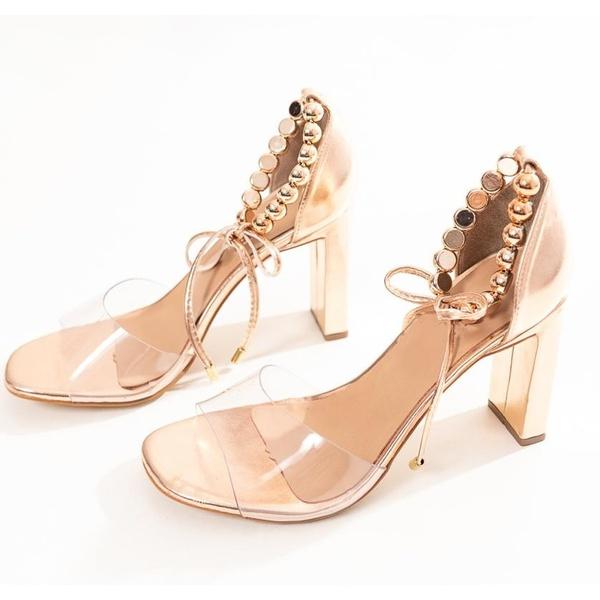 Sandália Salto Reto Dourado com Transp. e Bolas