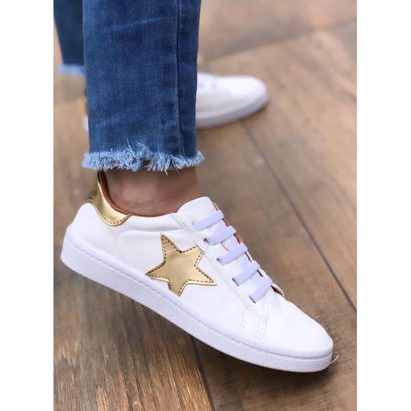 Tênis Branco com Estrela Ouro