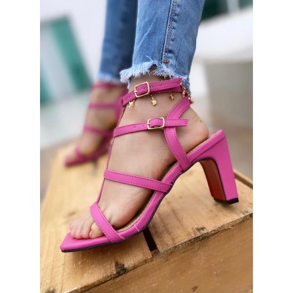 Sandália Tiras Pink Salto Reto