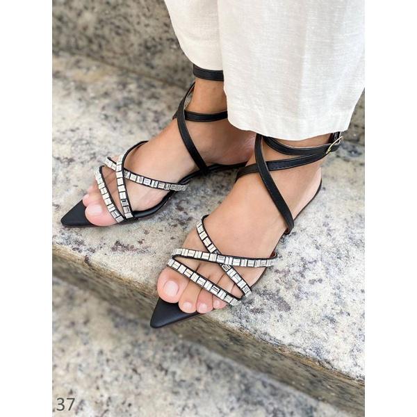 Sandália Preta Com Pedras