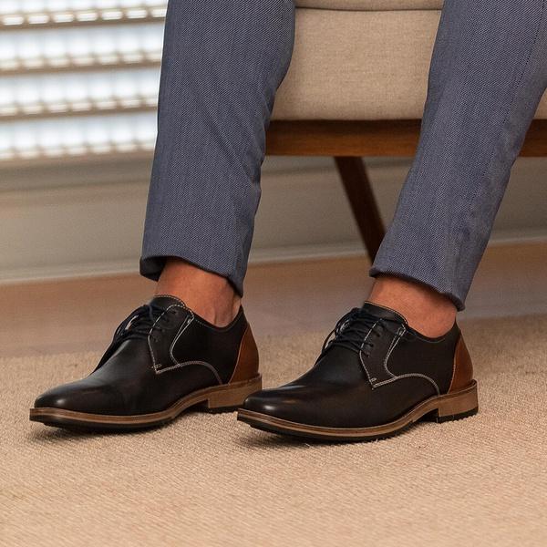 Sapato Masculino Vulcano em Couro Látego Preto Savelli