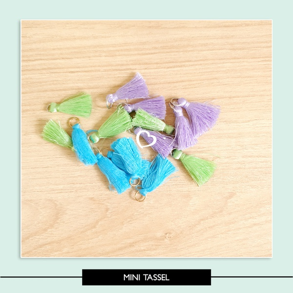 Mini Tassel (roxo verde e azul)