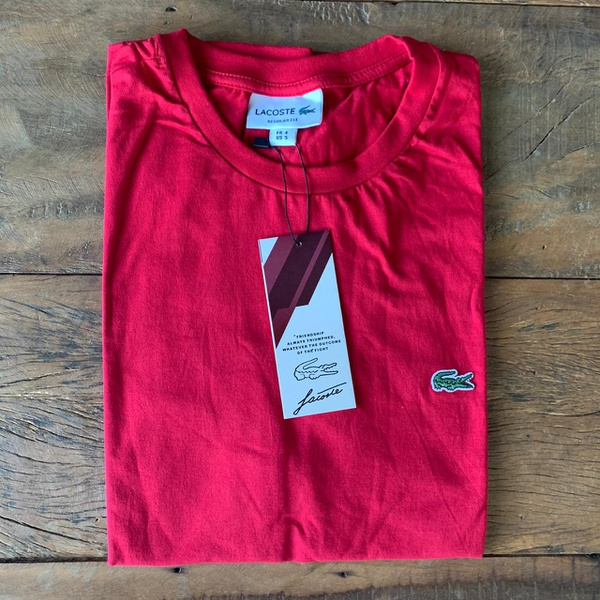 Camiseta Lac Vermelha