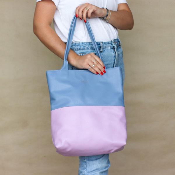 Bolsa de Couro Legítimo Feminina - Sacola Bicolor Lavanda e Azul Hortência