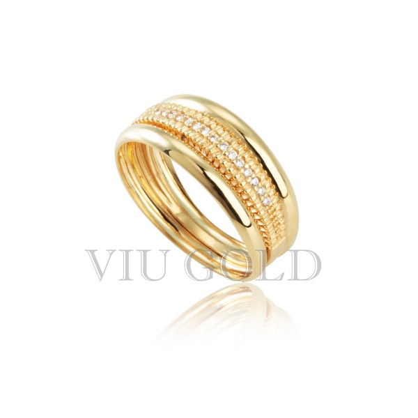 Anel em ouro 18k amarelo com Diamante sintético