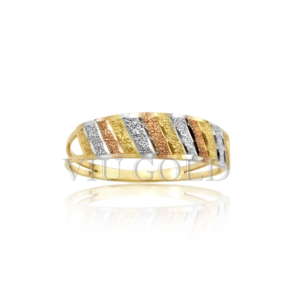 Anel aro duplo trabalhado na diagonal em ouro 18k amarelo, branco e rose