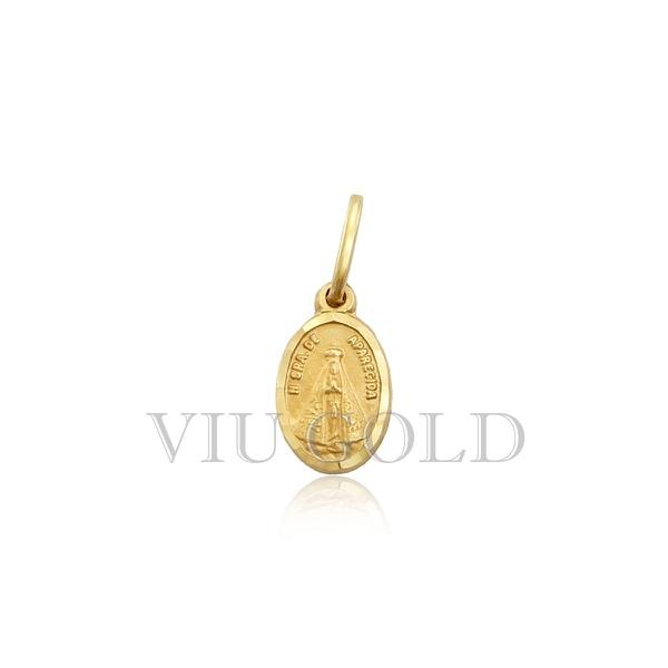 Pingente Medalha oval de Nossa Senhora Aparecida em ouro amarelo 18k