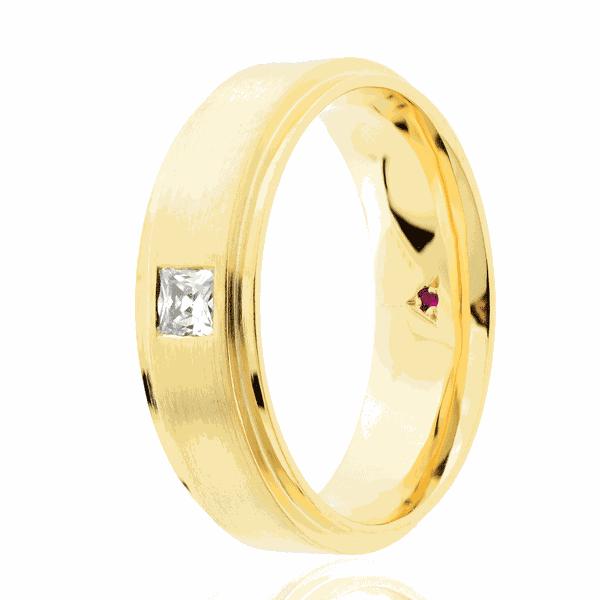 Aliança Eternn com Diamante Ouro 18K - Linha Essência