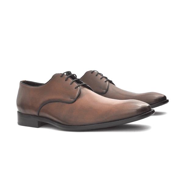 Sapato social de couro de amarrar Conhaque