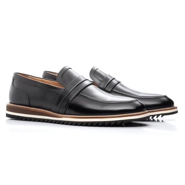 Sapato clássico Masculino em Couro Preto