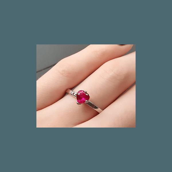 Anel com Zircônia de Coração Rosa