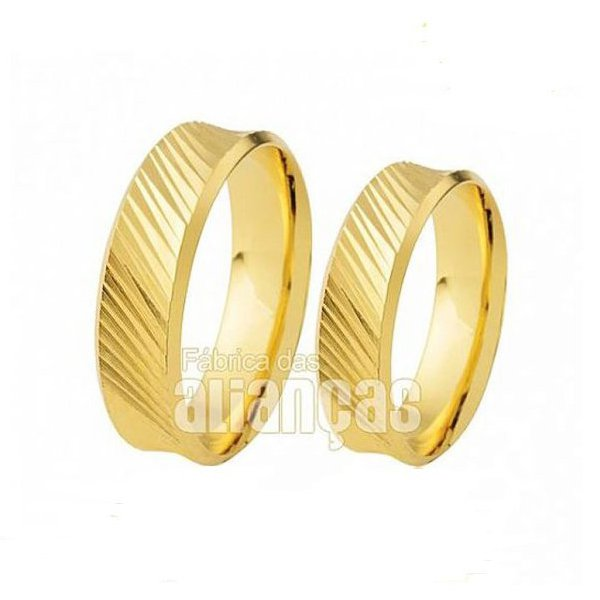 Par de Alianças diamantadas de Ouro 18k