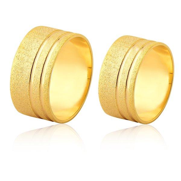 Aliança de ouro 18K diamantada com friso