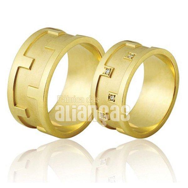 Alianças de Noivado e Casamento em Ouro Amarelo 18k 0,750 FA-688