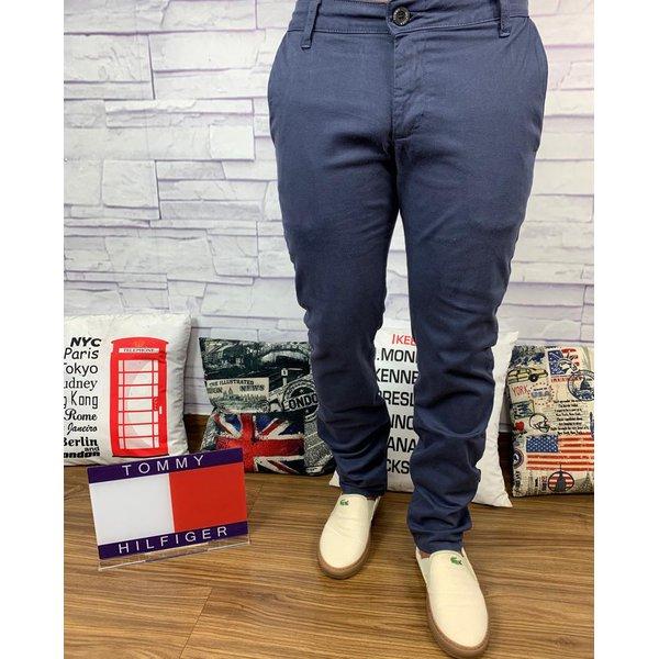 9fad74bd590541 Calça Jeans Tommy Hilfiger - Botão