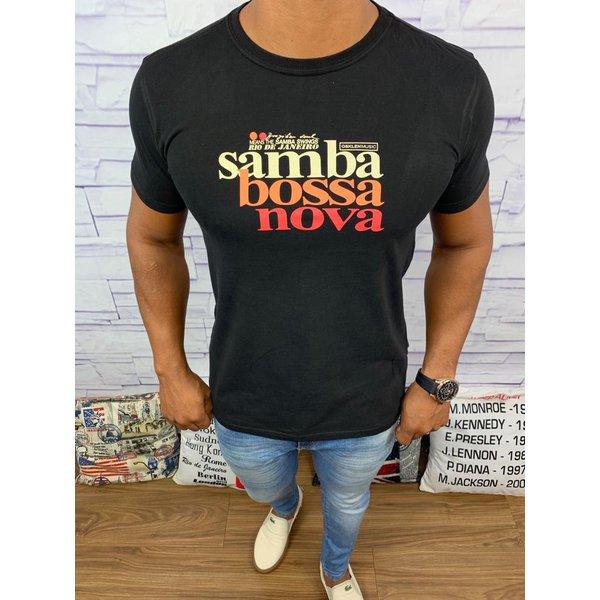 Camiseta Osk - Preta