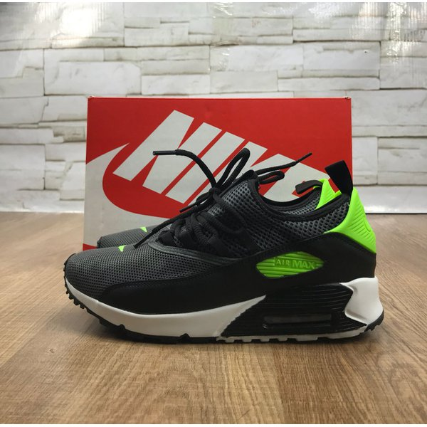 7e1eef7ead4 Tênis Nike Air Max 90 - Detalhe Verde