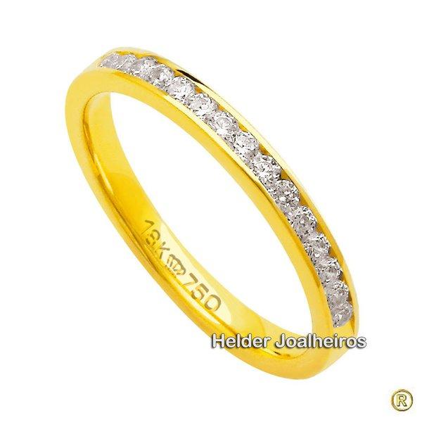 Meia Aliança de Diamantes em ouro Amarelo 18k