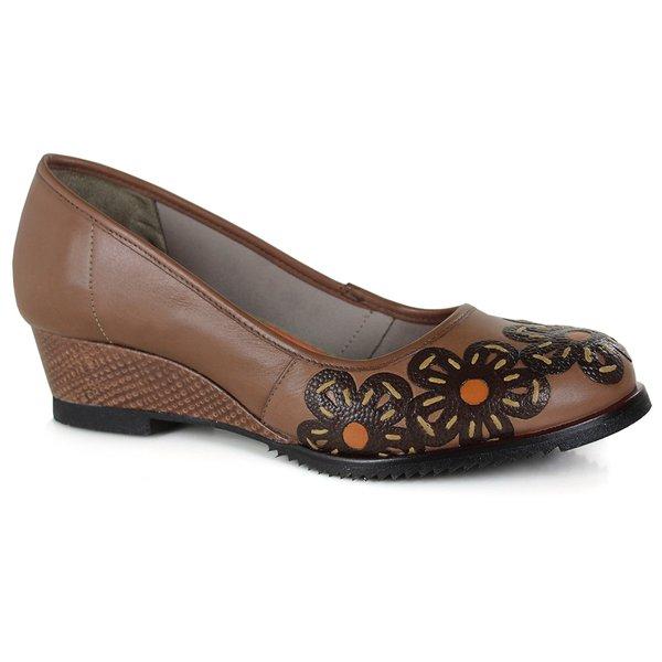 Sapato em Couro Susan Médio Amêndoa J.Gean DC0003-16