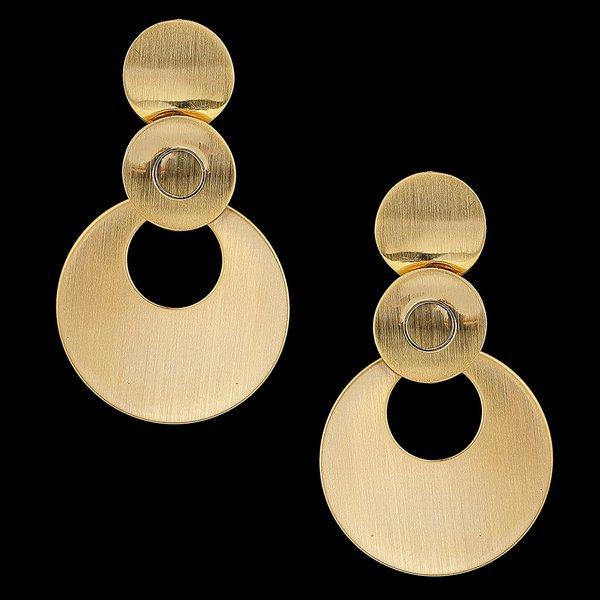Brinco folheado à ouro 18k circulos escovados