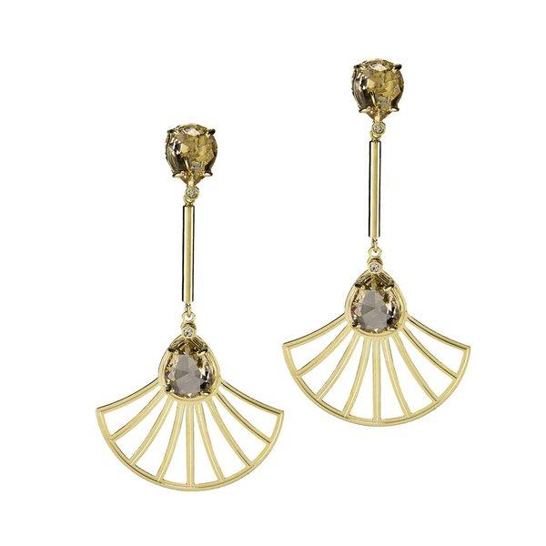 Brinco Haste Longa e Leque Arabesco Cristal Oval Semijoia Banho de Ouro 18K Cristal Champagne