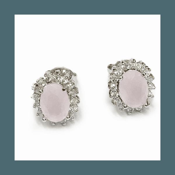 Brinco Oval Pequeno Semijoia Banho de Ródio Cravejado com Zircônias e Cristal Rosa Leitoso
