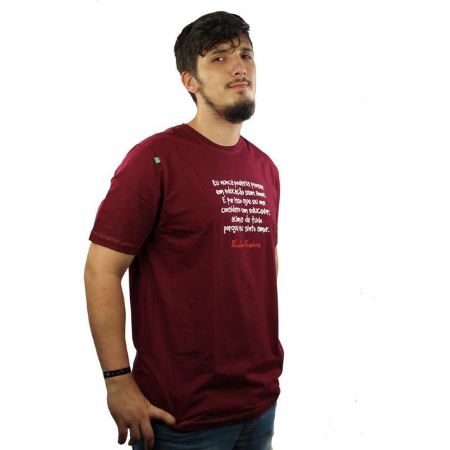 Camiseta Paulo Freire Bordô