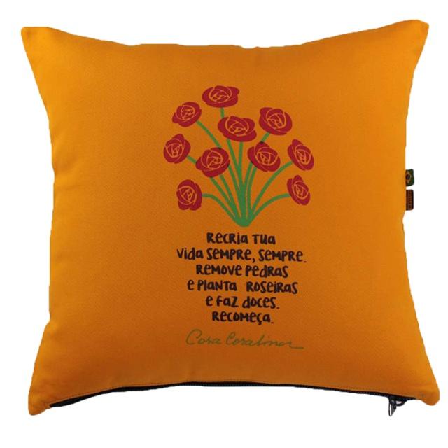 Capa de Almofada Cora Coralina Recria Amarela