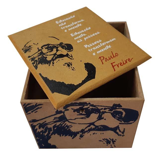 Caixa Porta Chá Paulo Freire