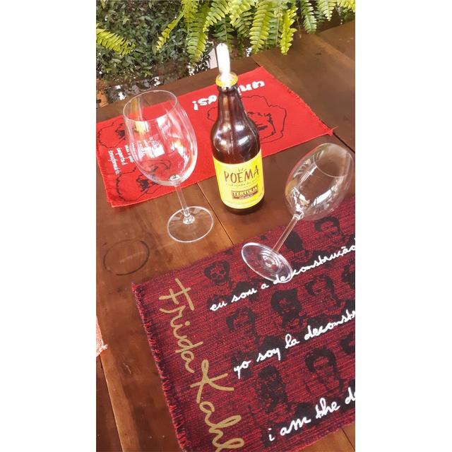 LUGAR NORDESTINO FRIDA KAHLO (DESCONSTRUÇÃO) - vinho