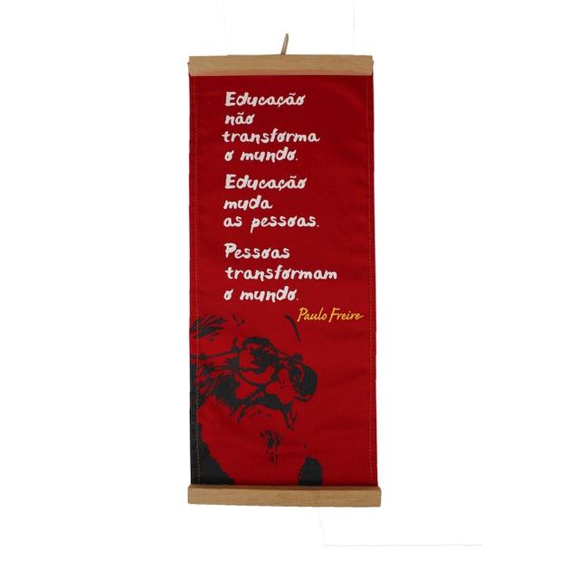 Flâmula Paulo Freire Educação - Vermelha