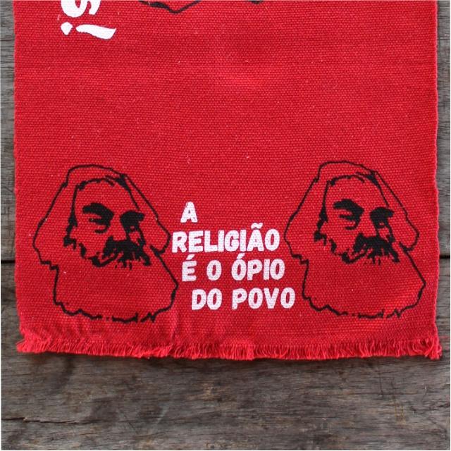 LUGAR NORDESTINO MARX (RELIGIÃO) - vermelho