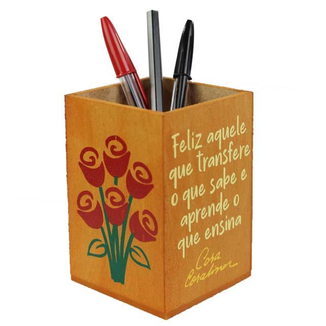 Porta-lápis Cora Coralina