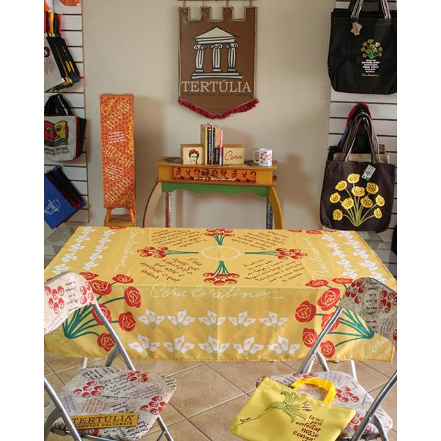 Toalha de Mesa Digital Cora Coralina Amarelo