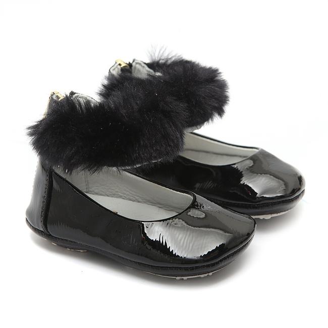 Sapato Tornozeleiras Pêlos Preto Gats