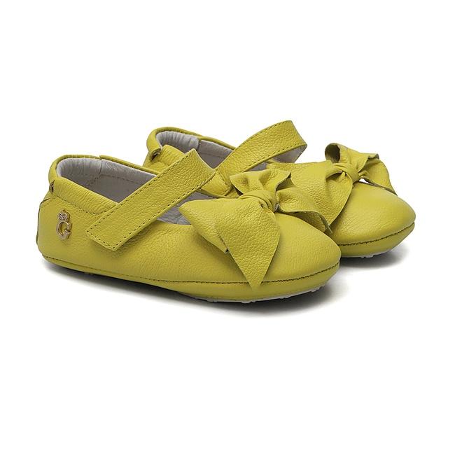 Sapatinho Laço Amarelo