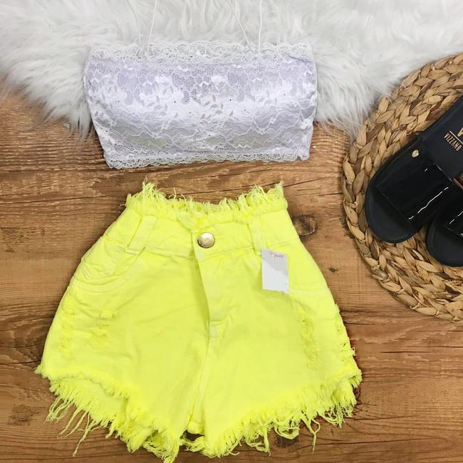 Shorts Jeans Amarelo Neon