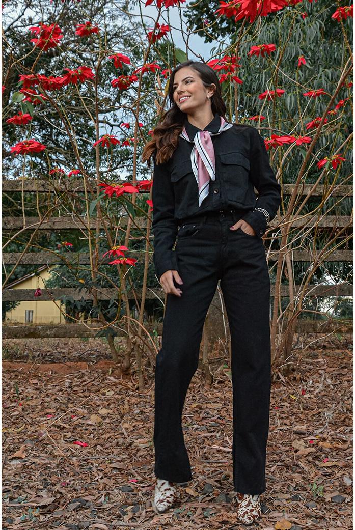 Calça reta abertura preta Alcance Jeans - DBoneca