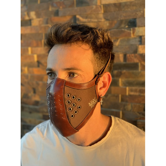 Máscara Couro Marrom Legítimo Modelo 7.5 (escrever cor deseja no fina do pedido)