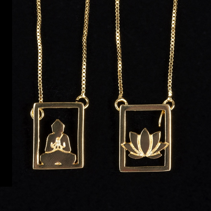 Escapulário Buda / Flor de Lótus Semijoia Ouro
